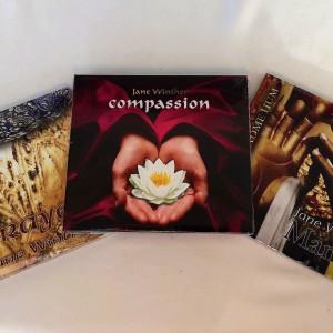Månedens 3 cd'er med mantras og prayers